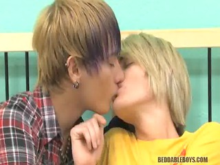 licking and fucking gay dudes