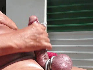 a awesome maturbation vid