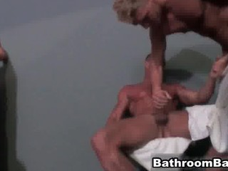 gay fuck group sex into outside tub free part6