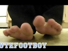 cutefootboy pretty male foot trailer