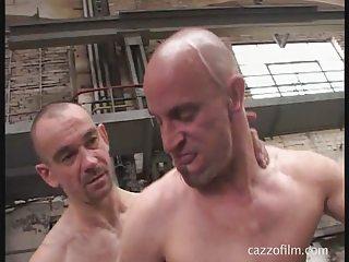 cazzo gay trailer